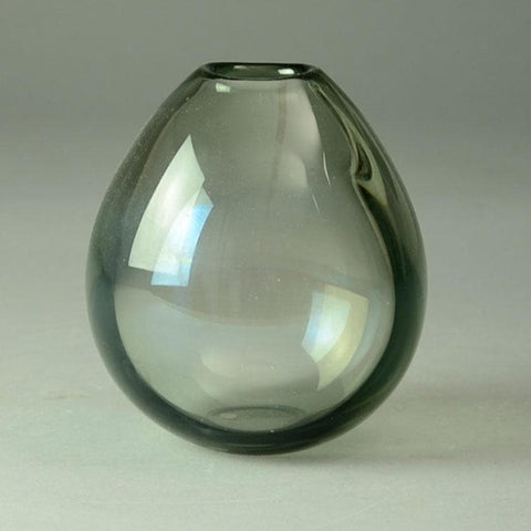 Hand blown vase in gray glass by Per Lutken for Holmegaard N5100