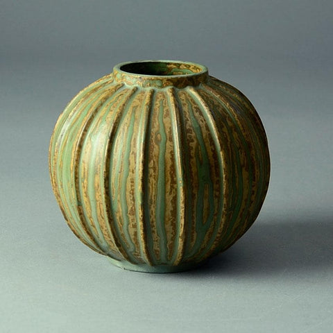 Arne Bang, Denmark, round ribbed vase with dripping glaze