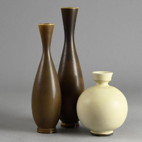 Group of vases by Berndt Friberg with brown and white haresfur glaze