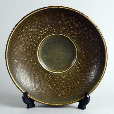 Stoneware bowl with cross-hatched pattern by Gerd Bogelund