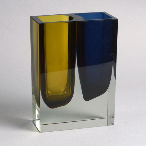 Glass vase by Martti Kankainen and Unto Suominen for Nuutajarvi Nottsjo