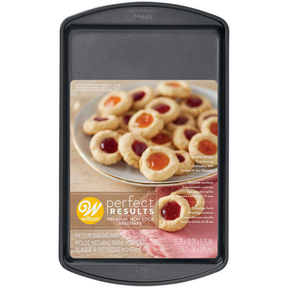 Wilton Premium Non-Stick Bakeware Cookie Sheet – 15