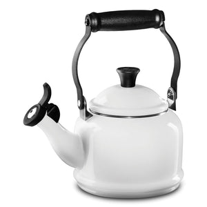 Le Creuset Demi Kettle – White