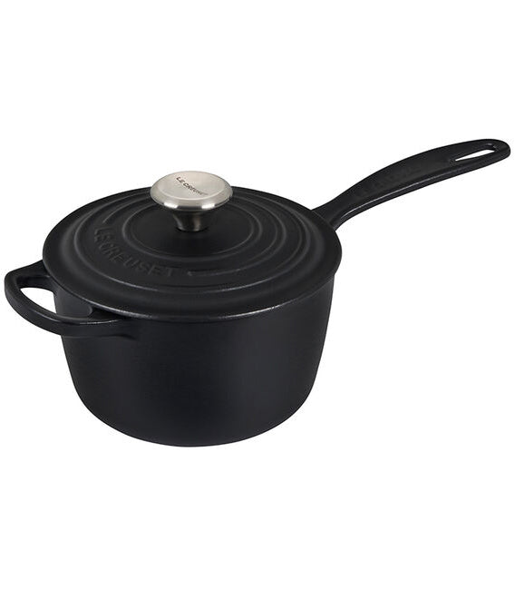 Le Creuset Signature Saucepan – 1.75 QT – Licorice