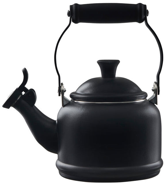 Le Creuset Demi Kettle – Licorice