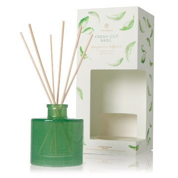 Thymes Fresh-Cut Basil Petite Reed Diffuser – 4oz