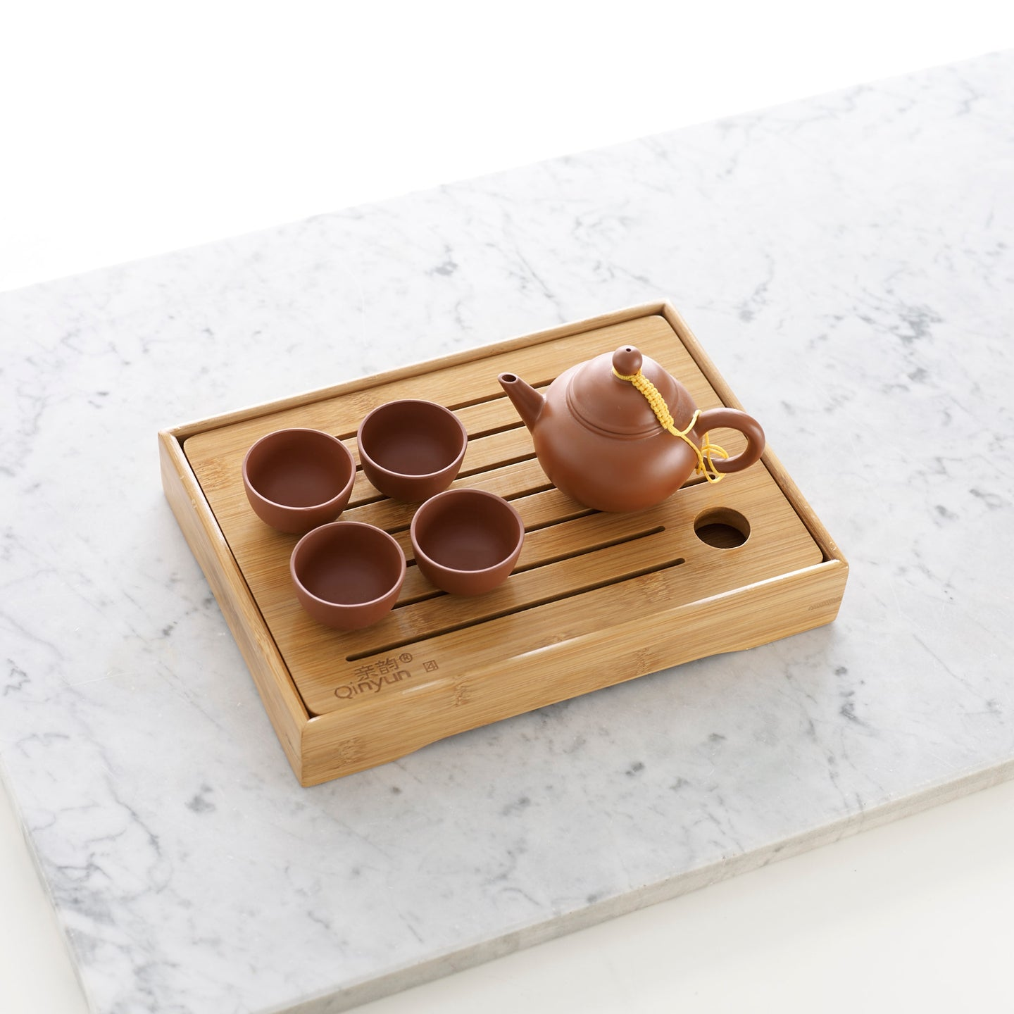 Small bamboo tea tray and Jixing Shui Ping tea pot