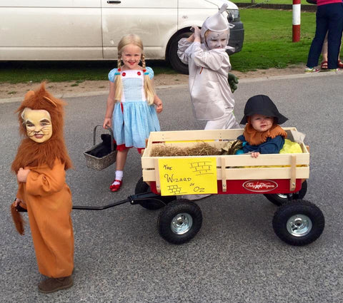 Halloween wagon cart trolley Wizard of Oz