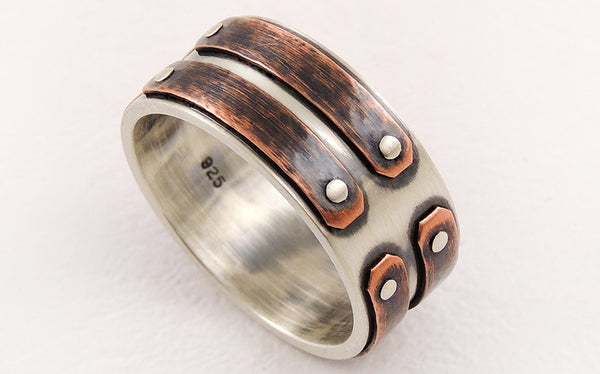 Unique man's wedding band
