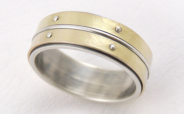 Two-tone Men's Gold Ring made of 14K Gold and oxidized Silver