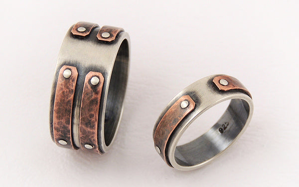 Unique wedding band set