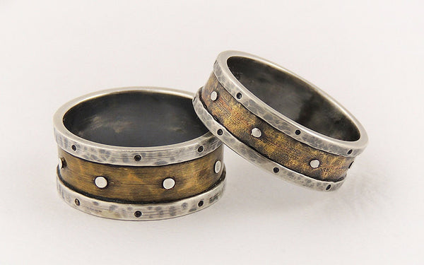 Rustic wedding ring set
