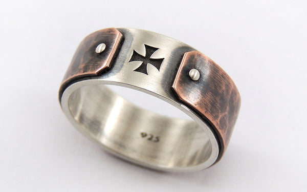 Ring with cross