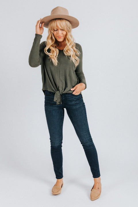 Merritt Top in Olive - Nell and Rose