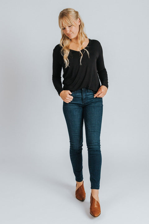 Long Sleeve V-Neck Tee in Black - Nell and Rose