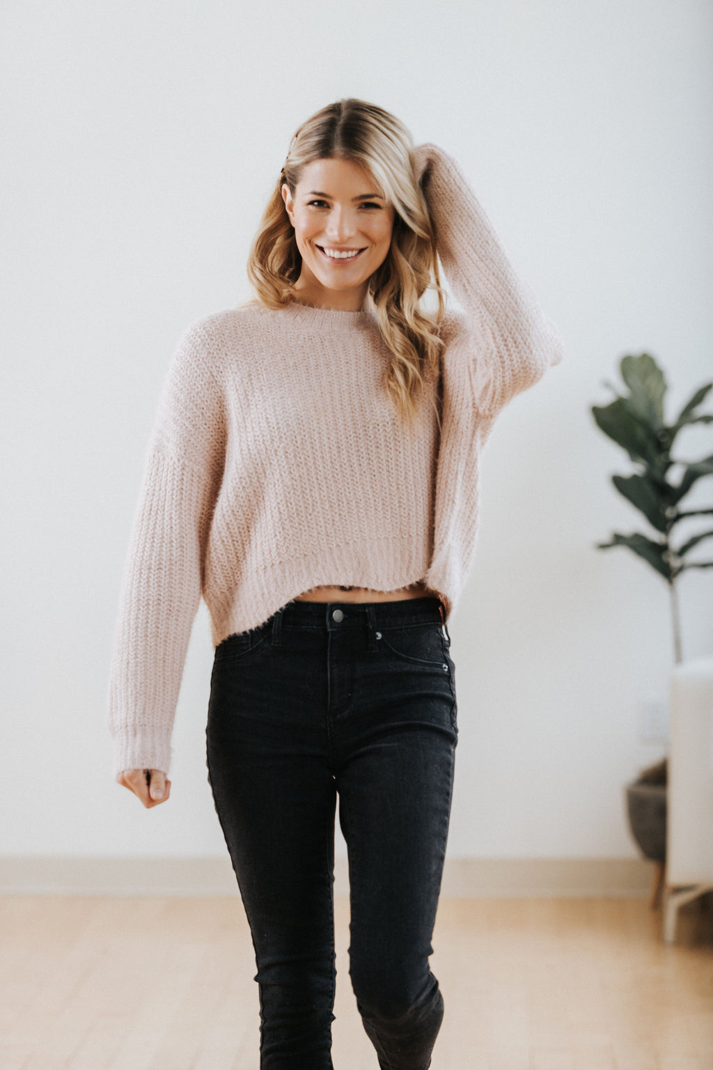 Betty Scalloped Sweater - Nell and Rose
