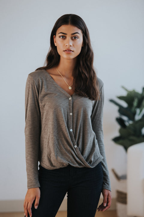 Andie Top in Olive - Nell and Rose
