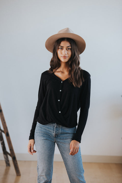 Andie Top in Black - Nell and Rose