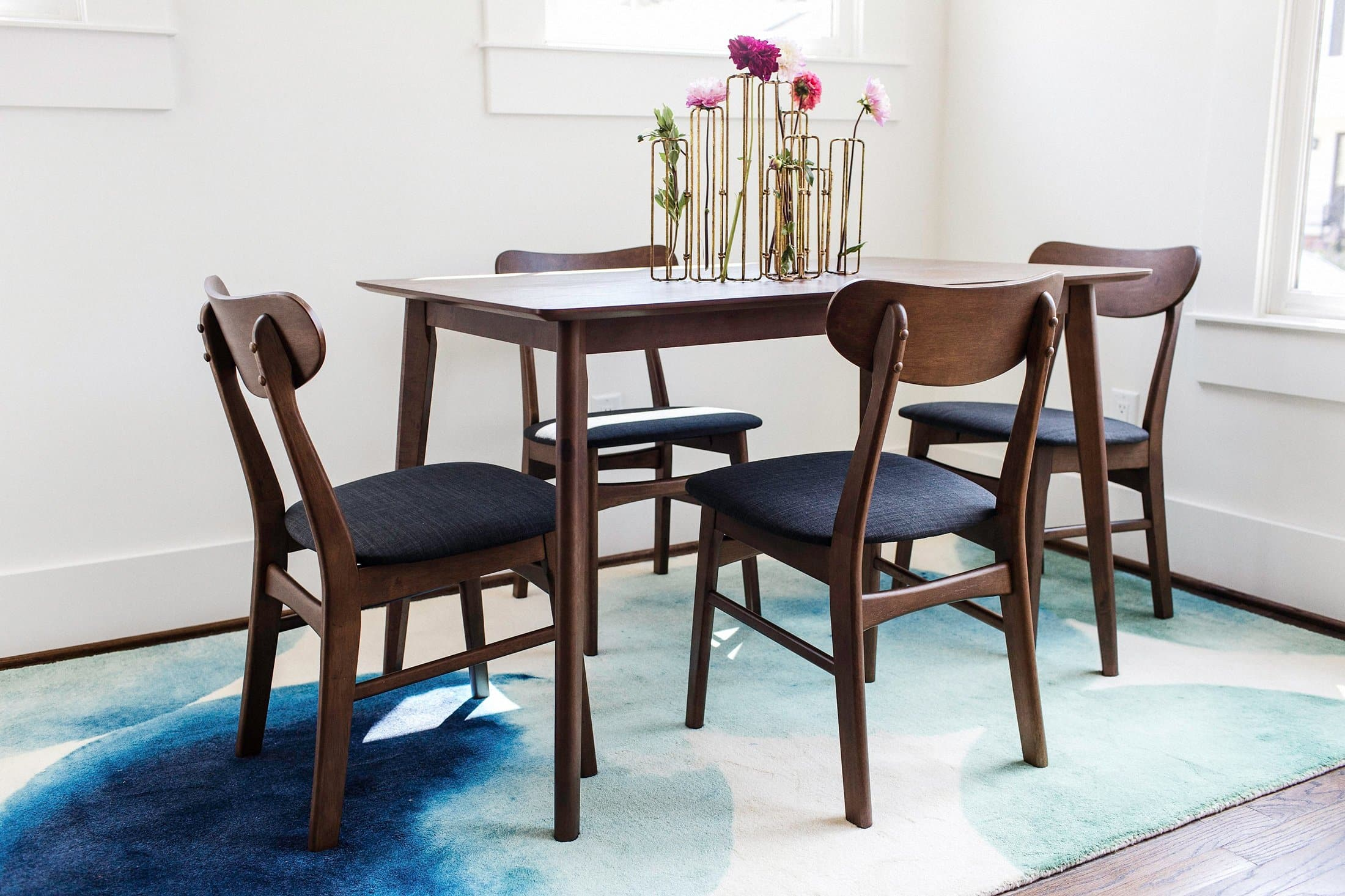Ava Dining Table – Edloe Finch Furniture Co