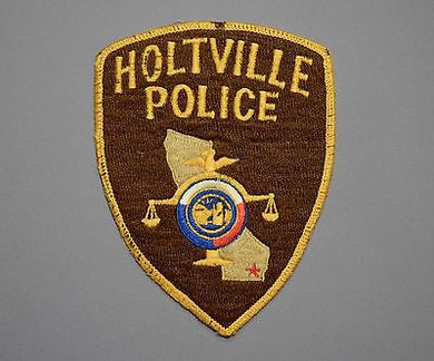 Holtville California Police Patch ++ Defunct Hand Stitched version U-5 CA