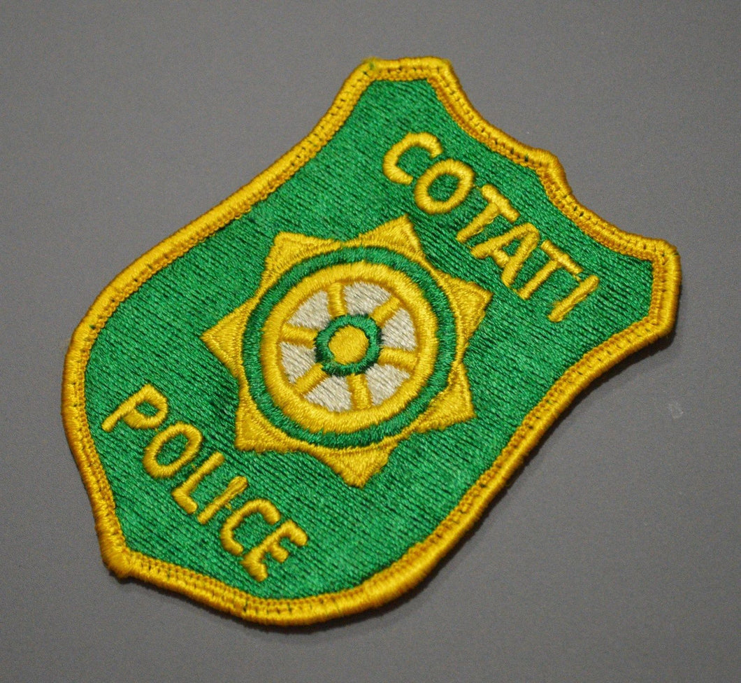 Cotati California Police Patch ++ Old Style Rare