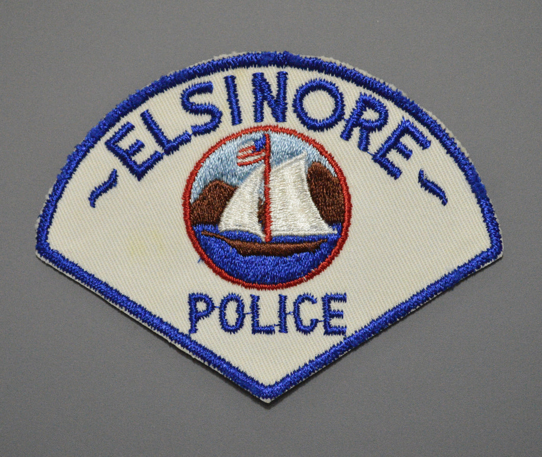 Elsinore California Police Patch ++ Defunct CA Rare Cut Border version