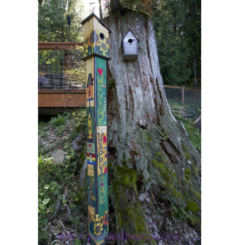 Sing Out Loud Birdhouse Art Pole - 6 Foot