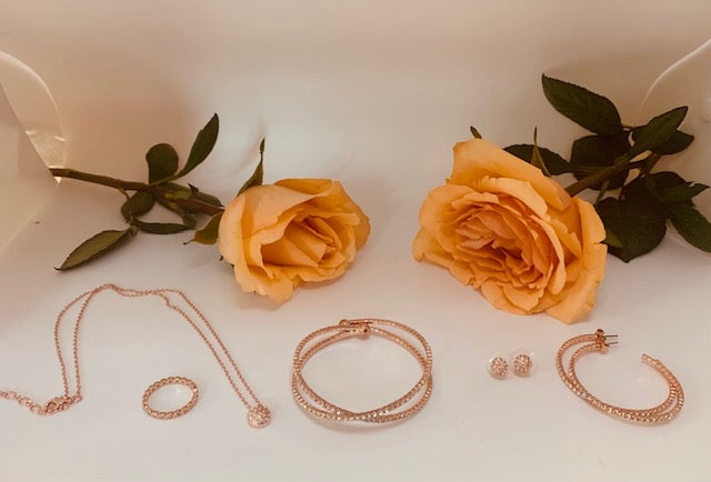 The Beauty of Rose Gold and Sharing Gratitude