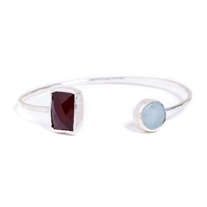 Bracelet - Antika - Two Stone Squeeze Garnet and Aquamarine