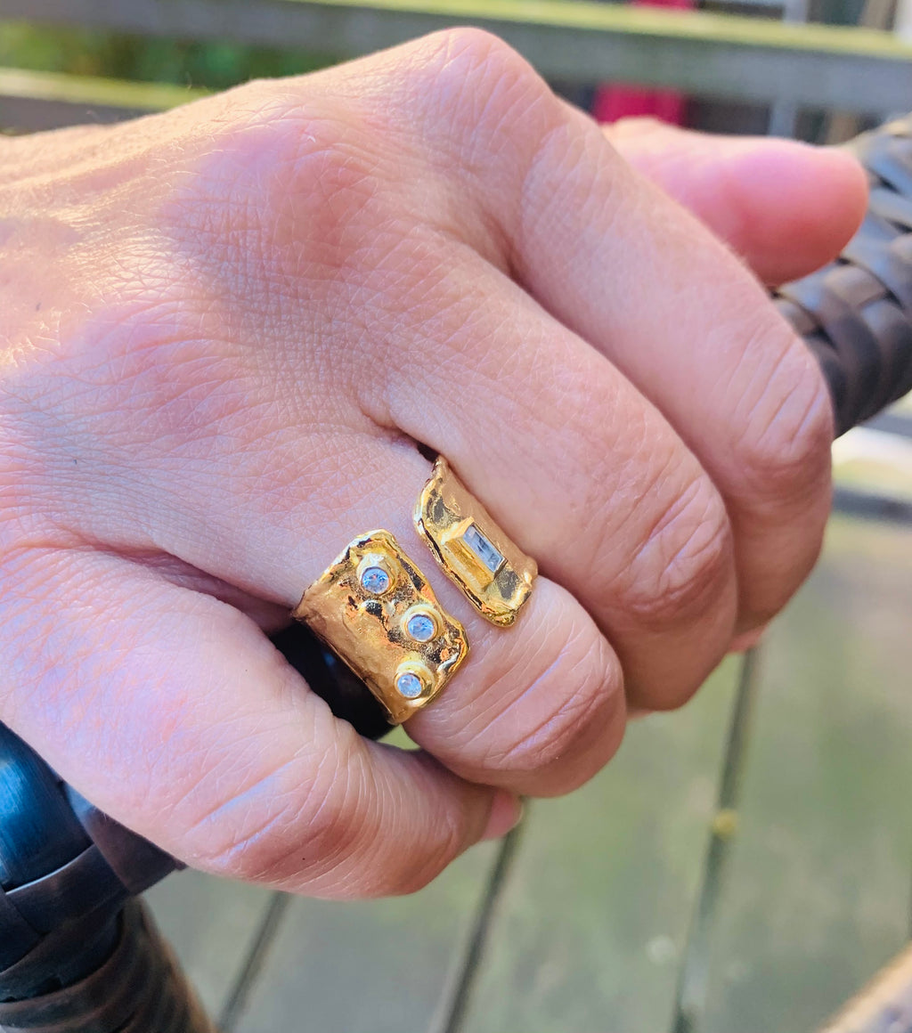 Rings - Antika - Gold Adjustable Small Crystal Band