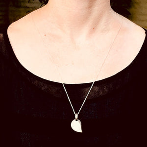 Necklace - Silver - Mother of Pearl Pendant