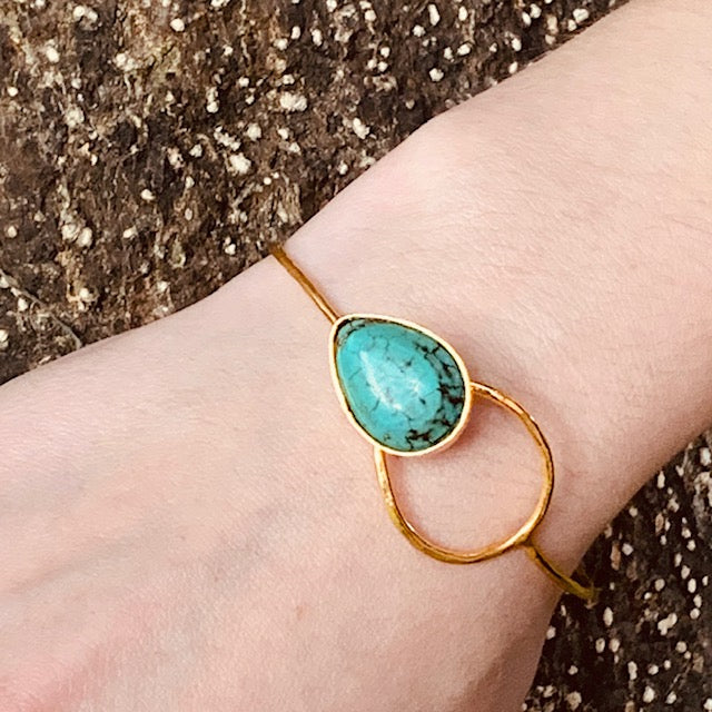 Bracelet - Antika - Turquoise Hook & Eye