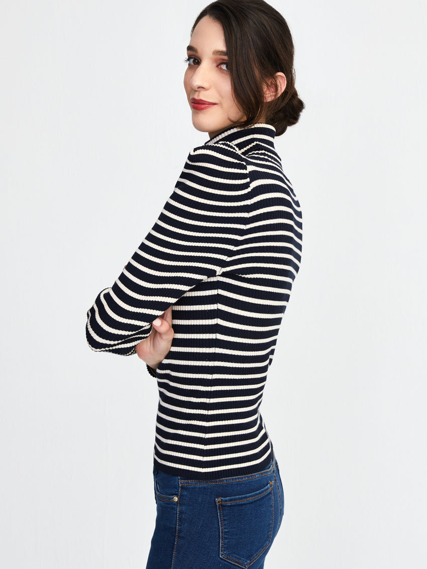 Ribbed Stripe Peak Shoulder Turtleneck