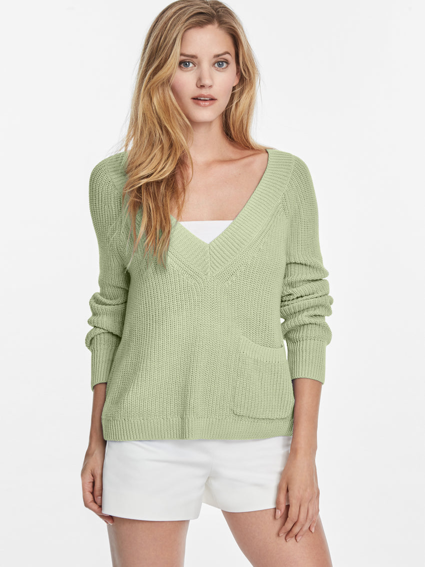 Cotton Shaker Wide V-neck Cropped Sweater with Pocket