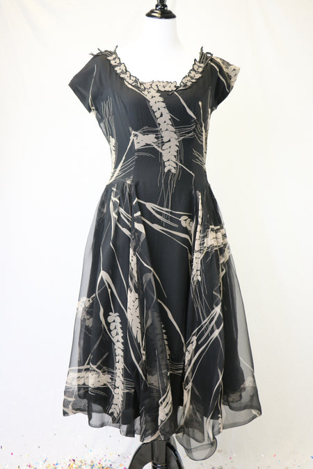 Vintage 1950's Blue/Grey Textured Ribbon Fabric Detailed Dress