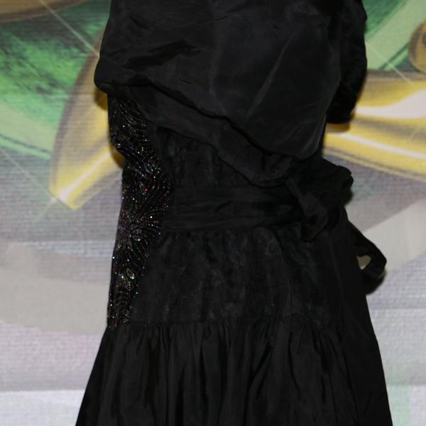 Wicked: Vintage 1980's Plus Size Party Dress with Velvet Sparkle Firework Motif and Lace details