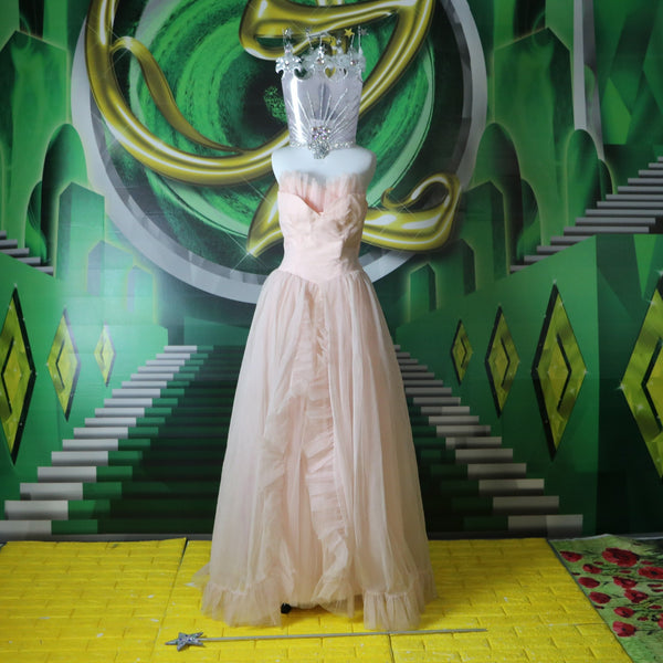 Glinda Glamour: Vintage Baby Pink 1950's Prom Gown