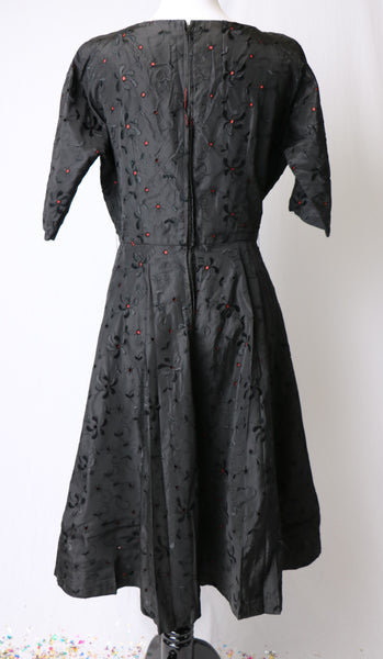 Vintage 1950's Black Floral Embroidered Print Dress with Red Liner and Full Skirt