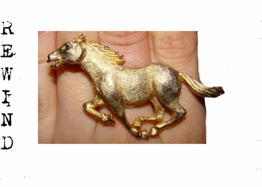 Vintage Re-Styled Figural Gold Tone Adjustable Stallion Cocktail Ring