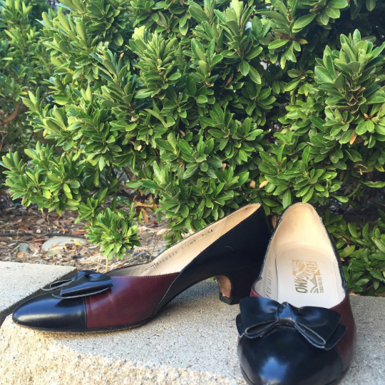 Vintage Burgundy and Black Salvatore Ferragamo Pumps Size 7.5AA
