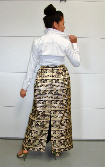 Vintage Black and Gold Metallic Maxi Skirt with Leaf and Grapevine Print Eddy George California