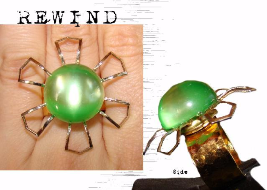Vintage MOD Lime Green and Gold Tone Flower Cocktail Statement Ring with Adjustable Band