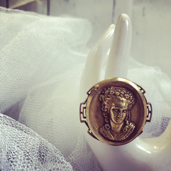 Vintage Gold Tone Cameo Womens Portrait Statement Cocktail Ring with Adjustable Band