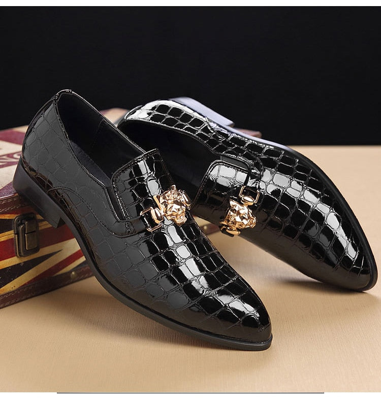 Grain Pointed Toe PU Leather Slip-On Crocodile Embossed Pattern Oxford Loafers