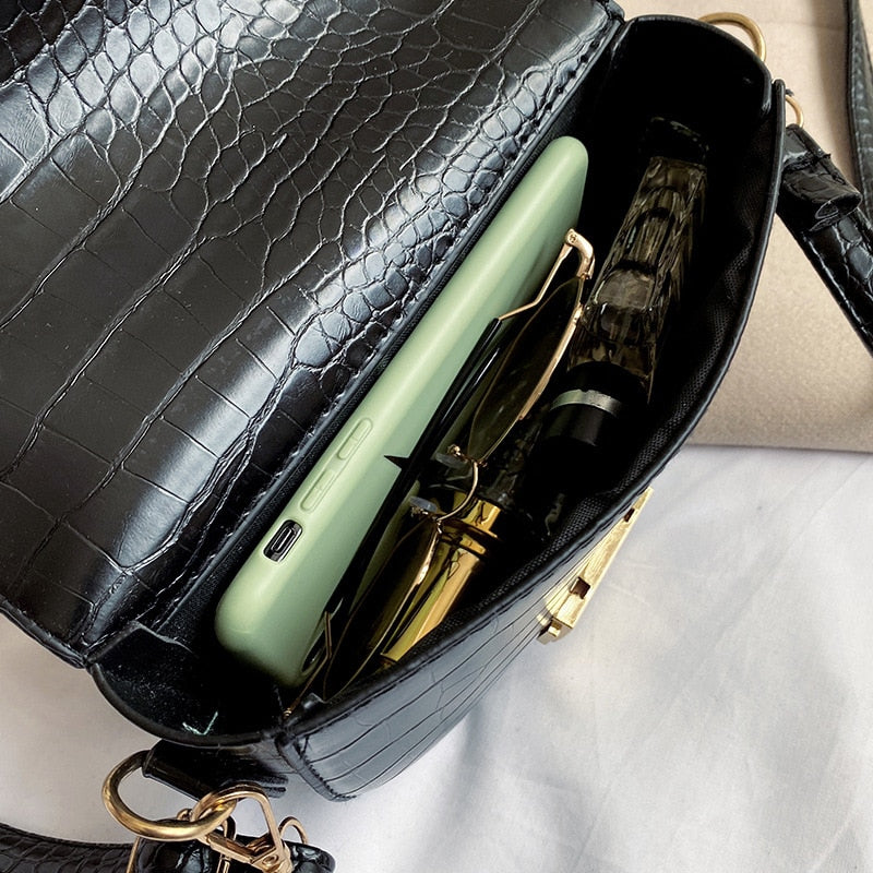 Exotic Alligator Pattern PU Saddle Crossbody Clutch Bag
