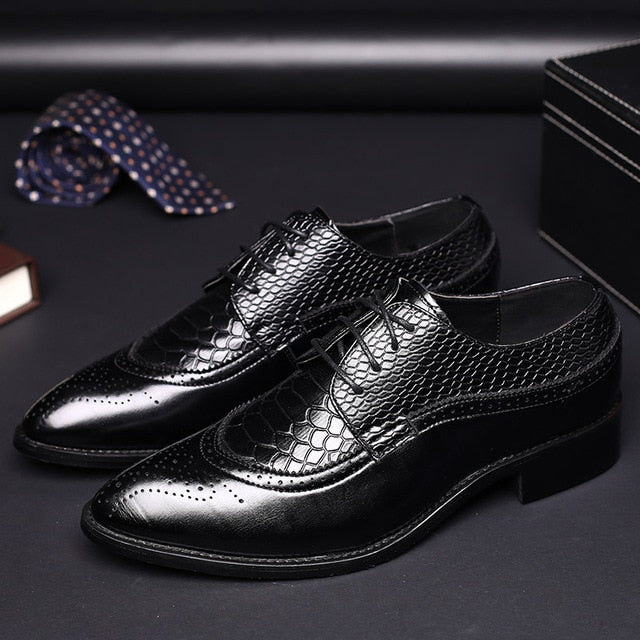Cap-toe Lace-Up PU Leather Alligator Embossed Brogue Dress Shoes
