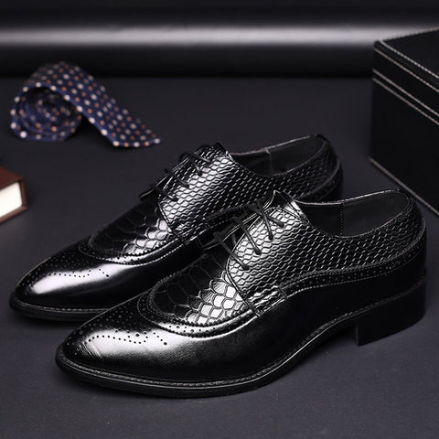 Crocodile Embossed PU Leather Shoes