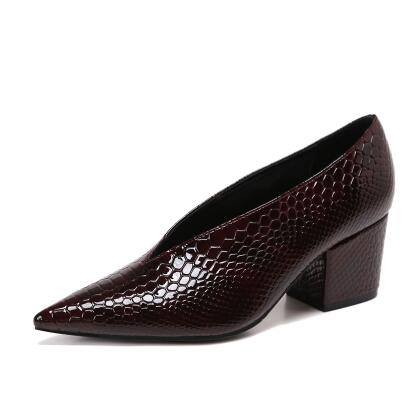 Block Heels Vintage Alligator Leather Loafers