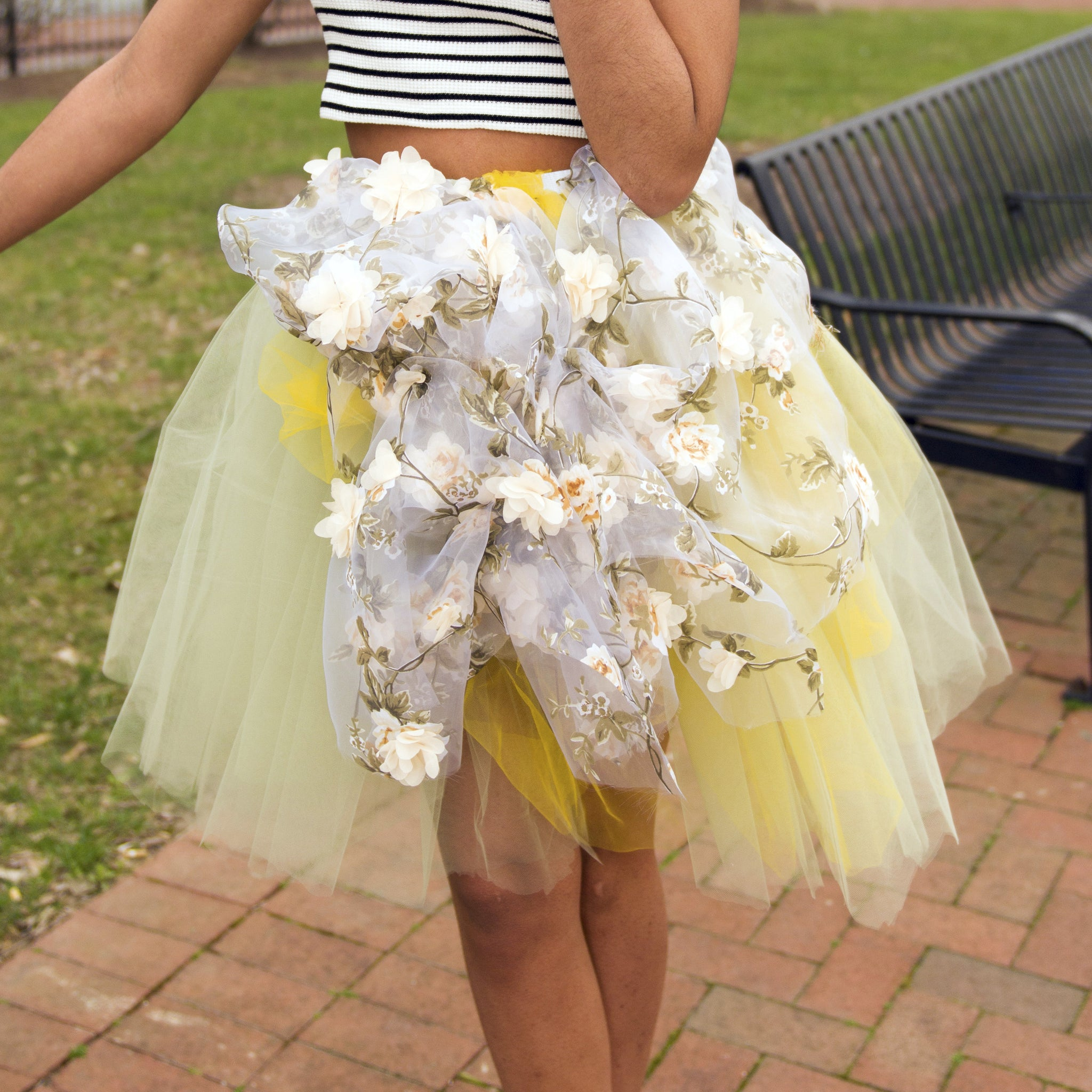 Tutu Accent Flower Bunch - Blondie Jones