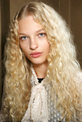 hbz-ss2016-beauty-trends-natural-texture-mccartney-bks-a-rs16-3576